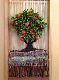 Resultado de imagen para telares decorativos de arboles                                                                                                                                                      Más