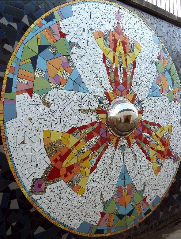 'It's good to be me' -Kaleidoscope mosaic by mosaic artist Gary Drostle ©2009