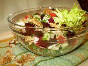 Sült cékla-alma-zeller saláta
