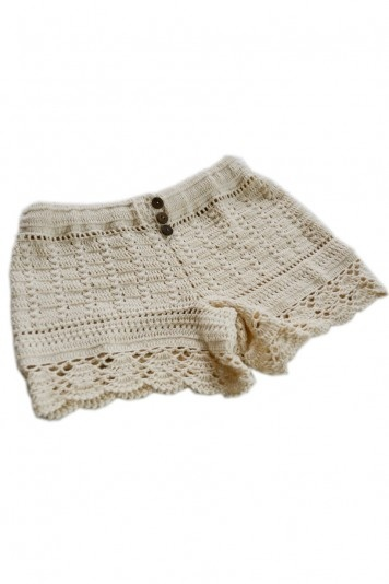love these crochet shorts