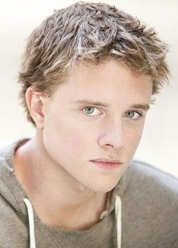 Jonny Weston from Chasing Mavericks