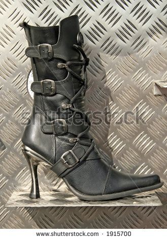 hot : High heel ladies biker boot
