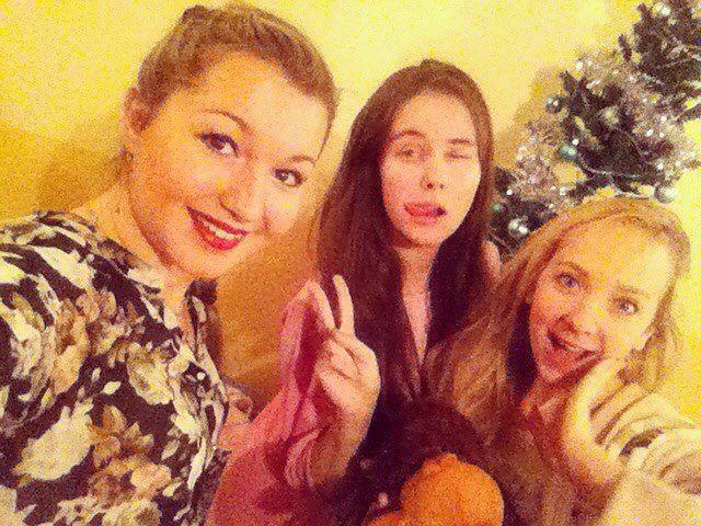 Сумасшедшие мои С Рождеством! #фото #селфи #рождество #подруги #друзья #дружба #photo #selfie #girlfriend #girls #friends #vsco #vscocam #instagood #instagram #instalike #instamood #mood #moment #christmas #likes #like4like #likeforlike #follow #followme #follow4follow by yuliyavulfina