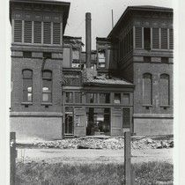 A. Street between 5th & 6th Aves; French Hospital. [Anza St. between ...1906