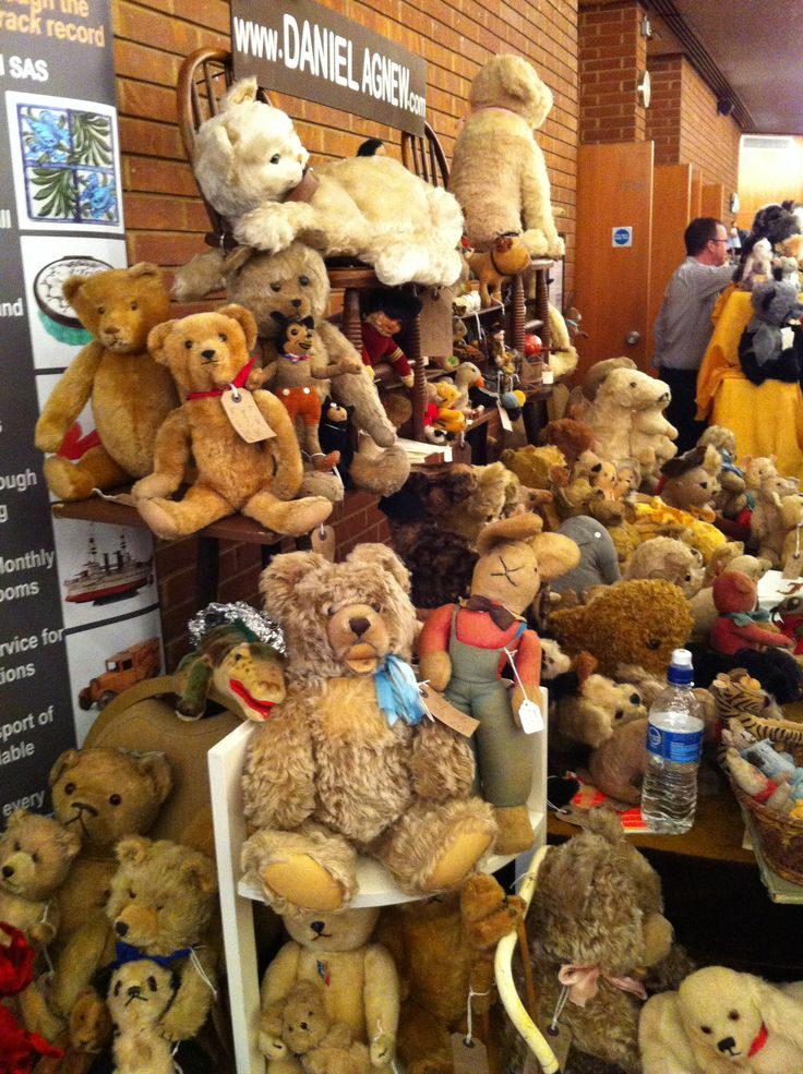Antique teddies & Bears & toys all for sale on Daniel Agnew stand at Hugglets Bear fest 2013 (Kensington Town hall)- photo by me