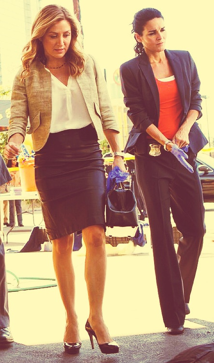 I love the juxtaposition of these two characters on Rizzoli & Isles! It's awesome!