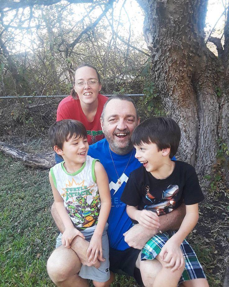 Jeff Davis Show - Legendary Family Photo Grandpa Davis Crystal (Davis) Chandler Grandsons - Brody & Adrian Chandler #Pflugerville #Texas #USA 25 November...