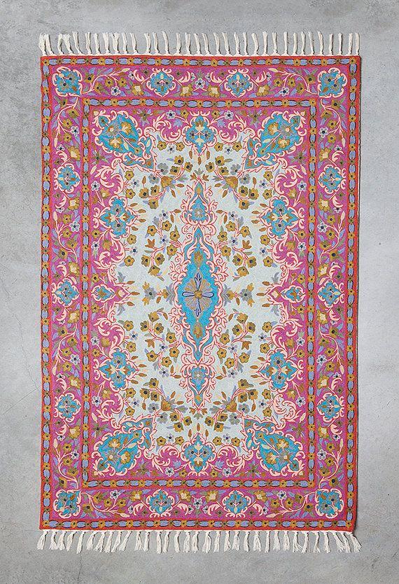 Belle étonnante 4 X 6 rose tapis (également disponible dans dautres tailles) en laine. Conception se caractérise par motif de forme oeil central en