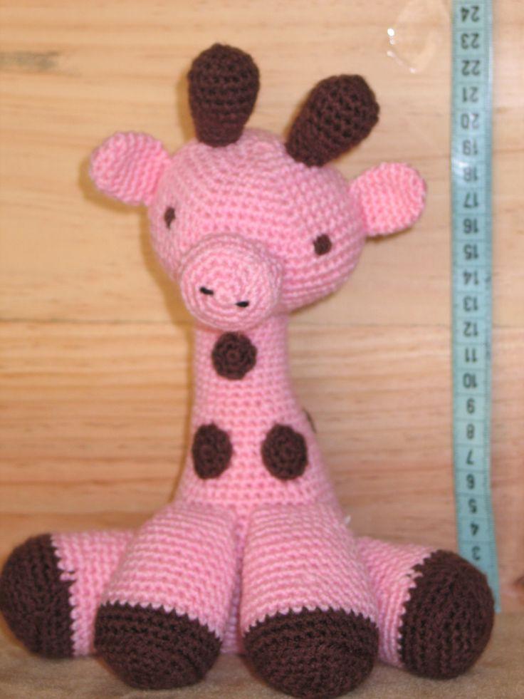 *Fin de série* Rosie, doudou girafe rose au crochet - 22 cm : Jeux, peluches, doudous par mary-land