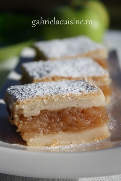 Romanian Apple Pie Bars