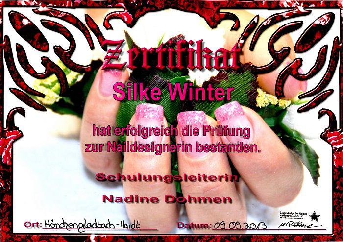 Zertifikat zur bestandenen Prüfung als Nageldesignerin --- www.nageldesign-winter.de