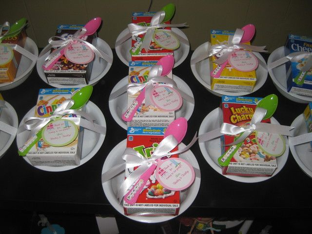 Cereal at a Sleepover Party #cereal #sleepover,  Go To www.likegossip.com to get more Gossip News!