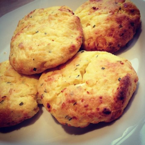 Slimming World Cheese Scones Syn Free!
