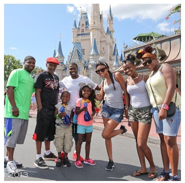 PICS: Kevin Hart's Family Vacation At Disney