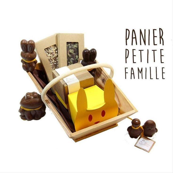 Pâques J-9 :Un assortiment de toute la gamme pour régaler la famille : des Z'animaux en chocolat un petit lapin une boite à offrir pleine de pralinés et deux tablettes de chocolat ... hum rien que d'y penser j'en salive ! Dépêchez-vous !! ... Commandez avant lundi sur ma e-chocolaterie (lien dans ma bio) pour le recevoir chez vous (ou sur votre lieu de vacances) ... Ou venez le composer avec moi demain à la chocolaterie aux @lesgrandsvoisins 82 avenue Denfert-Rochereau Paris 14ème bâtiment…