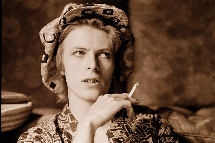Look Up Here, I'm In Heaven - David Bowie's 22 Greatest Lyrics | NME.COM