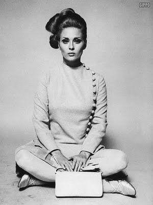 Faye Dunaway, Thomas Crowne Affair. Costume Design: Theodora Van Runkle