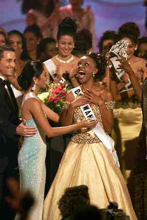 Miss Universe 1999 Mpule Kwelagobe from Botswana