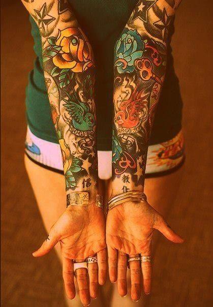 tatuajes grandes para mujeres en los brazos 3