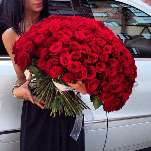 now thats what i call a v-day bouquet