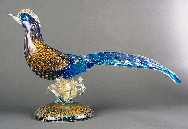 This Venetian Murano pheasant (circa 1960) measures 19 inches long and stands about 10 inches tall