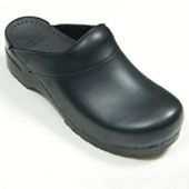 Dansko Chefs Shoes are professional chef shoes that look great and are made for comfort. Sturdy non skid soles provide support and are easy to clean. Complete your chef uniform with a pair of quality Chef Shoe options from Culinary Classics. Find them Online... http://www.culinaryclassics.com/chef-shoes.htm