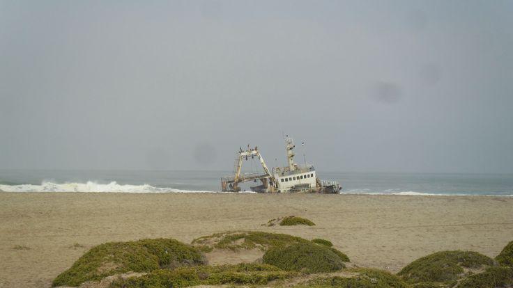Shipwreck Lang strand Namibia
