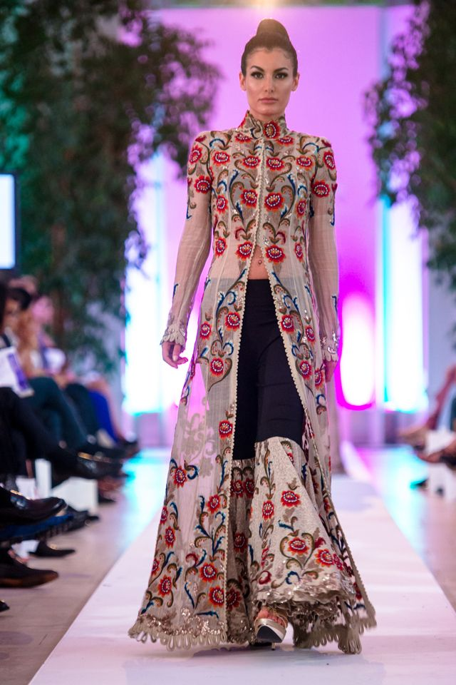 2014 Fashion Parade Anamika Khanna Latest Collection
