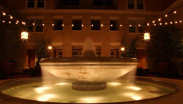 Fountain Head: Photo