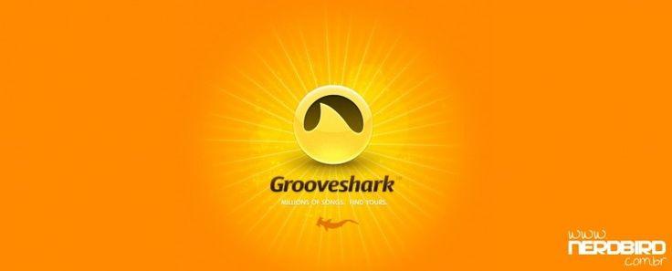 Para aqueles de vocês que não se surpreenderam com esta notícia, o popular aplicativo de streaming de música Grooveshark foi retirado da loja Google Play após ser acusado por grandes gravadoras de violação e roubo de direitos autorais da música. Estes grandes gravadoras acusaram Grooveshark também de causar bilhões de dólares de prejuízo devido à perda de downloads gratuitos de música.