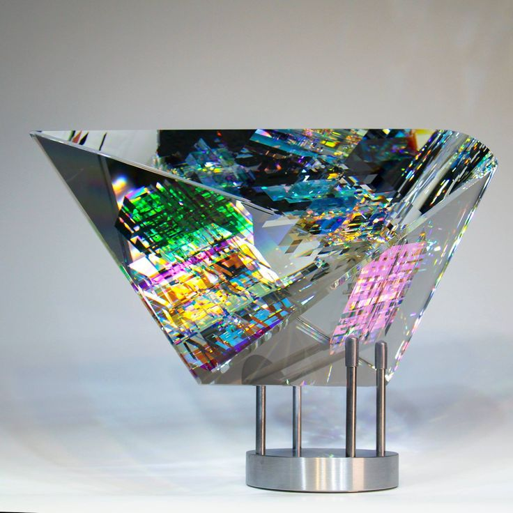 Jack Storms, a very talented artist from Santa Clarita, California, uses a technique of combining lead crystal and dichroic glass using a cold-glass process to create very beautiful optical crystal sculptures. You can view more of his amazing work here: Website: https://jackstorms.com/ Facebook Business Page: @stormsart Instagram: http://instagram.com/stormsjack #Art #Artist #Sculptures #Sculpture #GlassSculptures #GlassSculpture