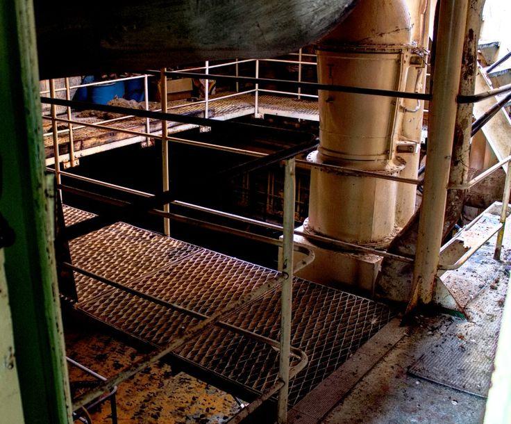 Inside an abandoned ship  #myshot #abandoned #urbanexplorer #ghosttown #canon #reflex #droneforgood #abandonedplaces#beautifuldecayofabandonedplaces #instatravel#urbex #filming #aerialphotography #photooftheday #decay #travel #travelgram #castles #dronesdaily #exploring #forgotten #derelict #dji #drones #dronestagram #photogram #phantom4 #dronelife #lostplaces #djiglobal