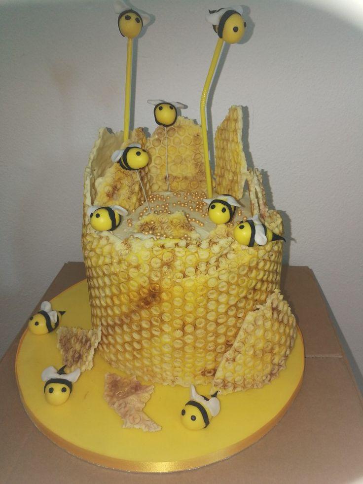 Bienen Torte mit Schokowaben