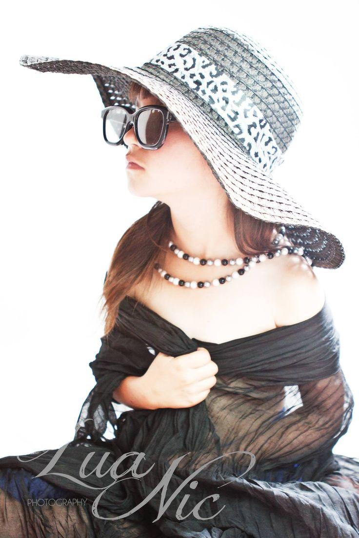 #miniaudreyhepburn #audreyhepburn Playing dress up