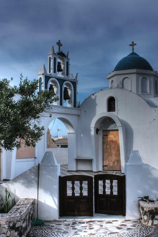 Church in Akrotiri, Santorini island, Greece. - Selected by www.oiamansion.com