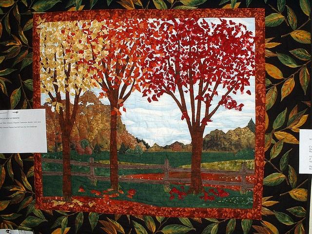 Courtepointe Quebec Quilts :: Salon 2008 :: by Frangines, via Flickr