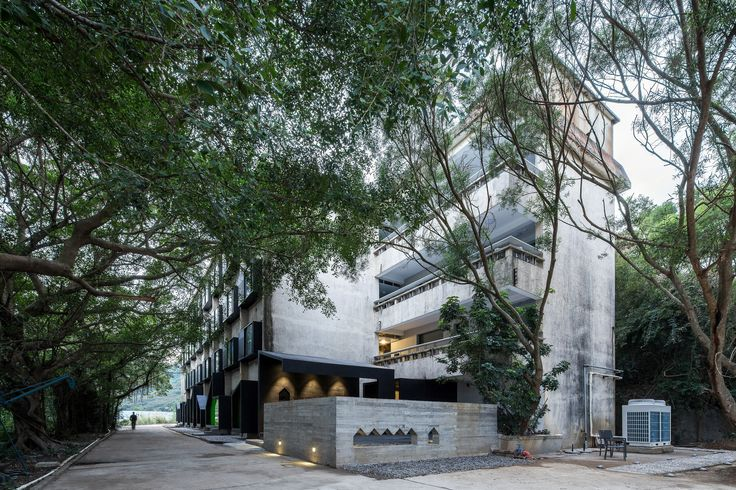 Gallery of Youth Hotel of iD Town / O-office Architects - 12