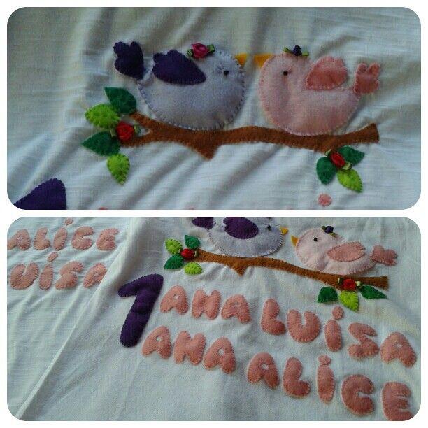 Camisetas com passarinhos aplicados em feltro.