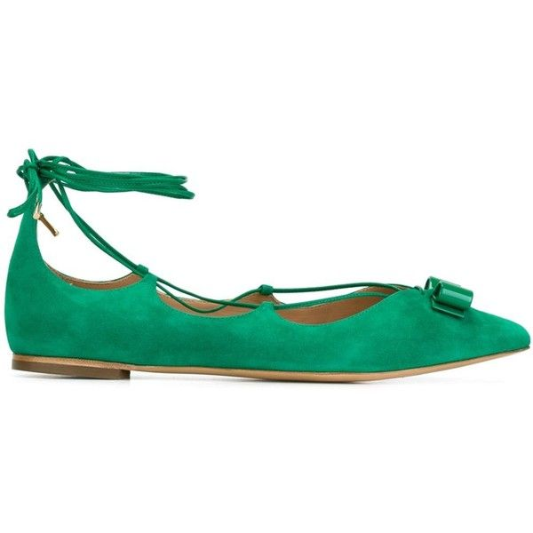 Salvatore Ferragamo Claire Ballerina Shoes ($622) ❤ liked on Polyvore featuring shoes, flats, green, ballet shoes, green flats, pointy toe ballet flats, ballet pumps and bow ballet flats