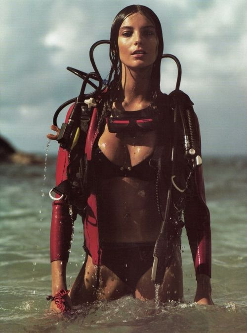 Why don't I look like this when I'm in a full 5mm wetsuit, hooded vest and gear?!?! lol