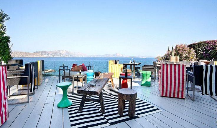 Αθήνα: 10 τέλεια μέρη για καφέ δίπλα στη θάλασσα