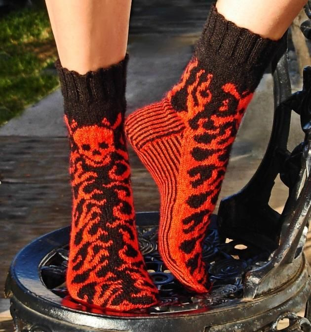 Toxic Socks - Knit socks pattern; top-down; stranded; sized from Teen to Adult xLrg