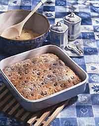 Applesauce-Spice Bread