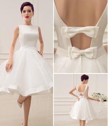 Um vestido que também pode ser usado como vestido de noiva. Esquema de modelagem…