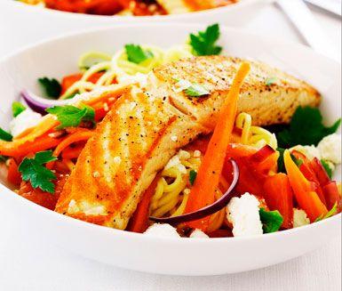 Recept: Färsk pasta med lax och fetaost