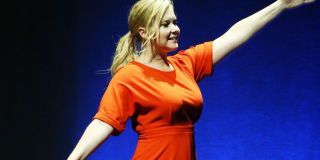How To Be Confident By Amy Schumer - Comedian Amy Schumer How To Gain Self Confidence