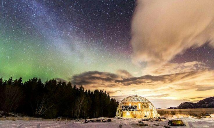 Cette famille habite sous un dôme dans le cercle polaire arctique