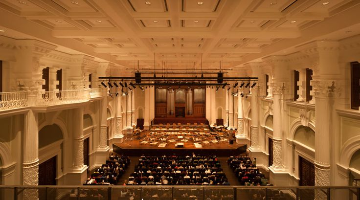 Victoria Theatre & Concert Hall by .PSLAB and W architects
