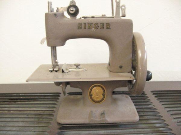children s singer sewing machine