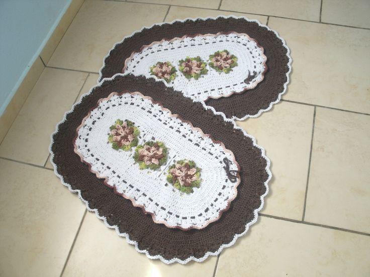 tapete oval com flores camélias | Ateliê da Nany Rocha | Elo7